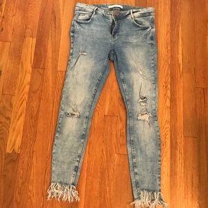 Fray Hem Skinny Jeans